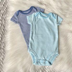 (🌼3/$20🌼) Carter's 2x baby onesies/bodysuits